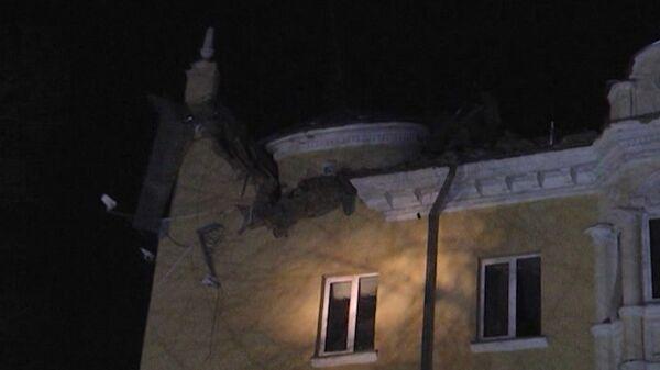 Крыши в Кузбассе проверят после обрушения надстройки на доме
