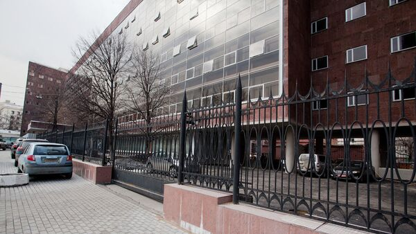 Здание Центрсоюза (Наркомлегпро́ма) по проекту Ле Корбюзье