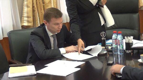 Оперативные кадры обысков в Госстрое по делу о мошенничестве