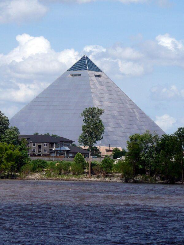 Великая американская пирамида в Мемфисе