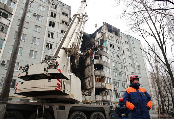Последствия взрыва газа в жилом доме в Волгограде