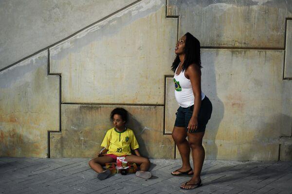 Девушки в Олимпийском парке