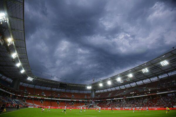Стадион Локомотив во время матча 2-го тура РФПЛ Локомотив - Томь