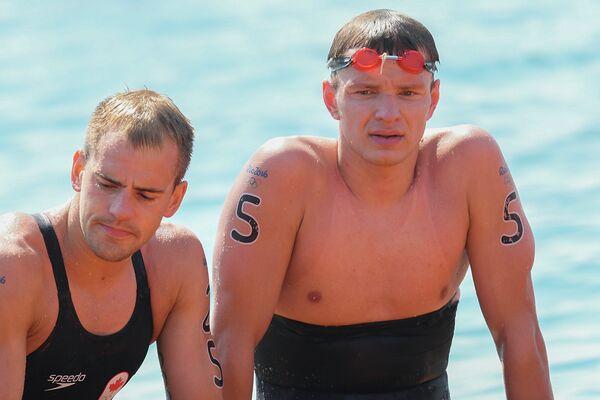 Евгений Дратцев (справа)
