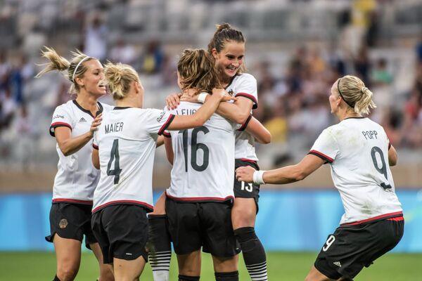 Футболистки сборной Германии