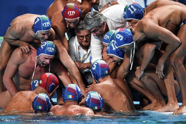 Ватерполисты сборной Италии