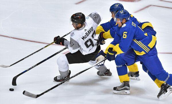 Игровой момент матча Швеция - Северная Америка U23