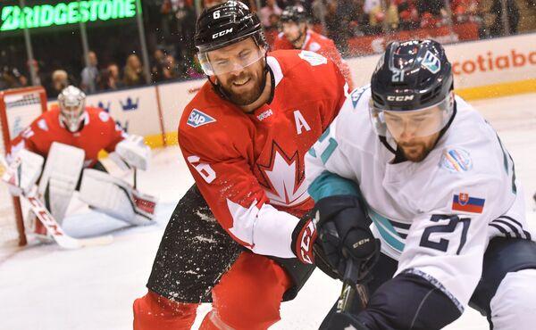 Игровой момент матча Канада - сборная Европы