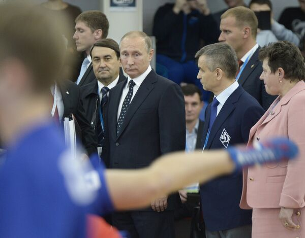 Владимир Путин во время посещения фестиваля Дни самбо во Владимирской области