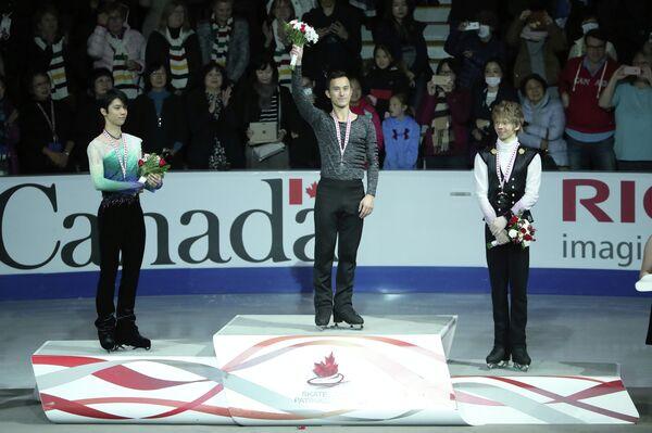 Юдзуру Ханю, Патрик Чан и Кевин Рейнолдс (слева направо)