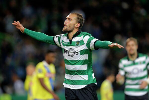 Нападающий португальского Спортинга Бас Дост