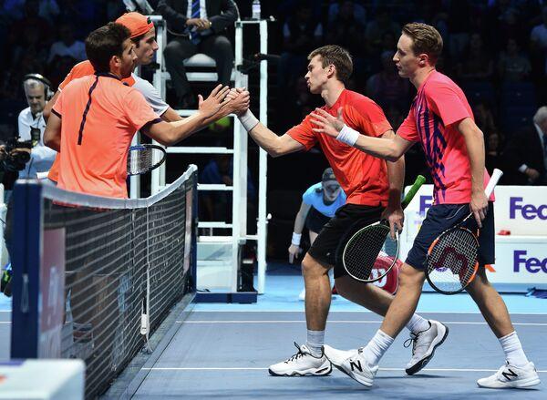 Теннисисты Марк Лопес, Фелисиано Лопес, Джон Пирс и Хенри Континен (слева направо)