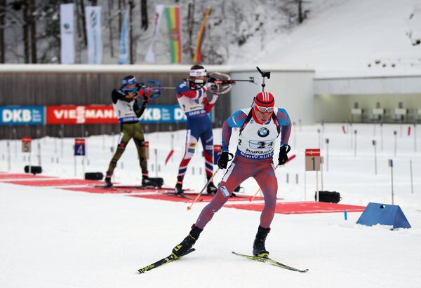 Антон Бабиков (на первом плане)