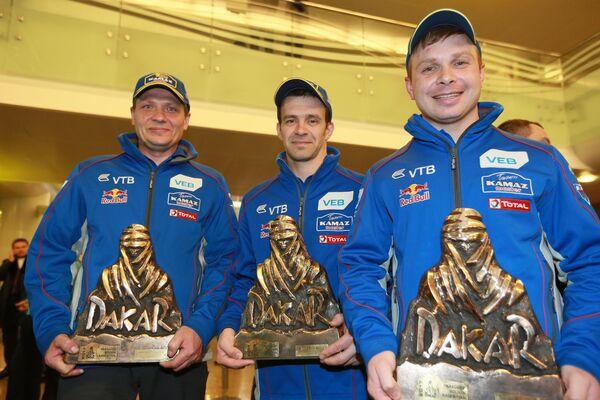 Эдуард Николаев, Евгений Яковлев, Владимир Рыбаков (справа налево)
