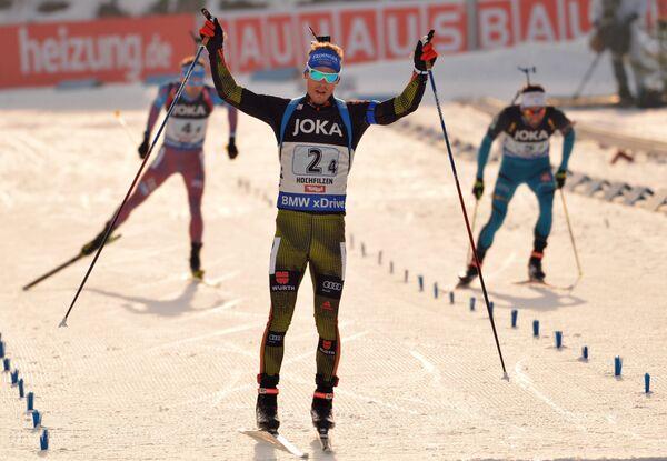 Антон Шипулин (Россия), Симон Шемп (Германия) и Мартен Фуркад (Франция) (слева направо)