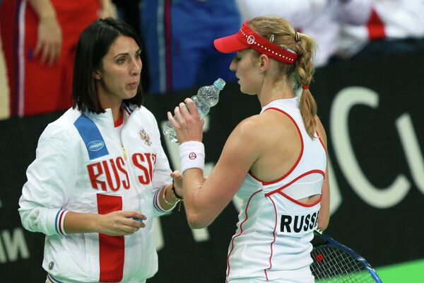 Екатерина Макарова (справа) и Анастасия Мыскина