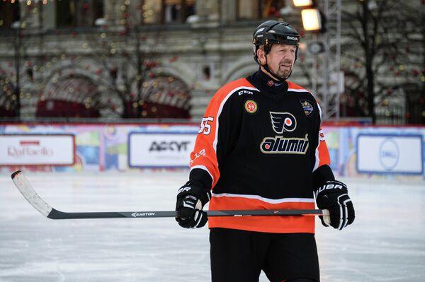 Игрок сборной команды России Сергей Гимаев