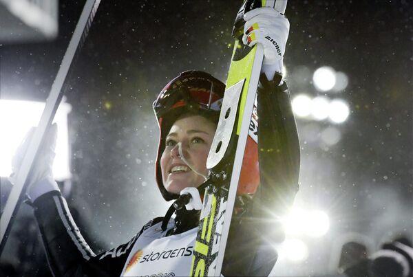 Немецкая летающая лыжница Карина Фогт