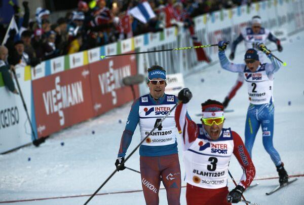 Алекс Харви, Сергей Устюгов и Матти Хейккинен (справа налево)