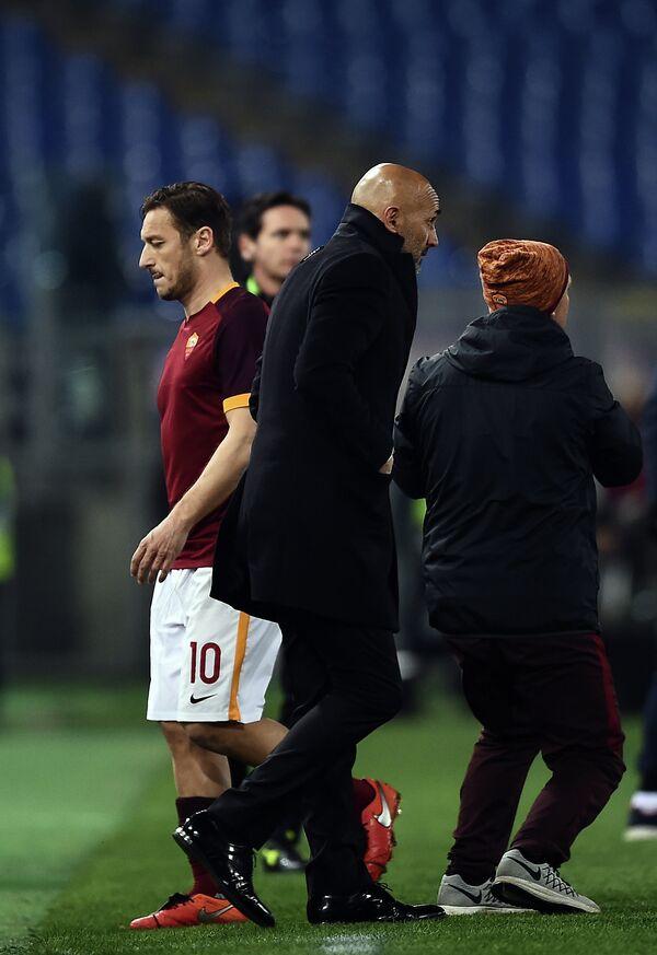 Нападающий итальянской Ромы Франческо Тотти и главный тренер команды Лучано Спаллетти (слева направо)