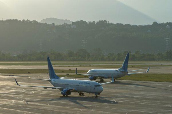 Самолеты Boeing 737-8FZ авиакомпании Победа