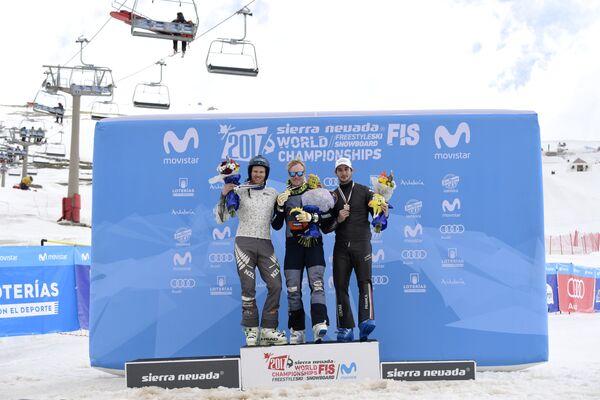 Новозеландец Джейми Преббла, швед Виктор Эхлинг Норберг и француз Франсуа Пласе (слева направо)