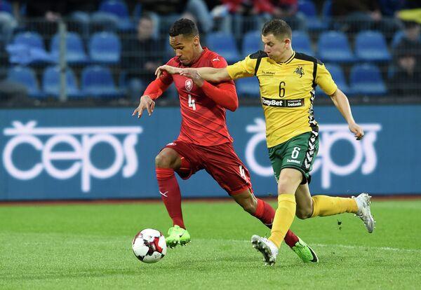Игровой момент матча Чехия - Литва