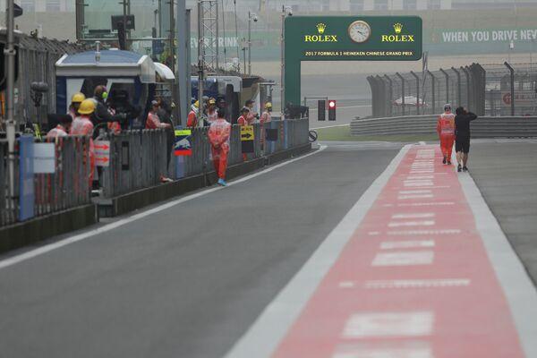 Пит-лейн трассы Гран-при Китая Формулы-1