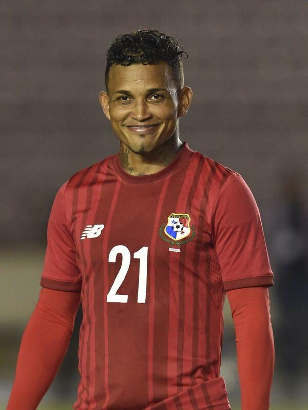 Полузащитник сборной Панамы по футболу Амилькар Энрикес