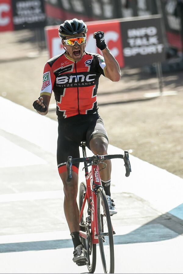 Бельгийский велогонщик Грег ван Авермат из команды BMC Racing