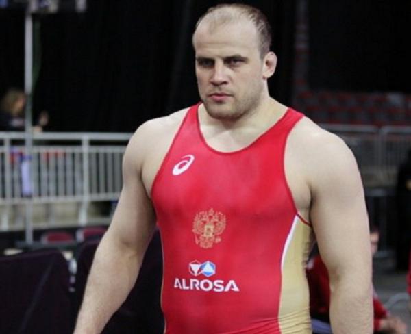 Виталий Щур