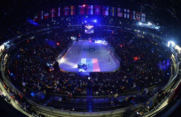 Стадион Ланксесс-Арена во время матча группового этапа чемпионата мира по хоккею 2017 между сборными командами Германии и России