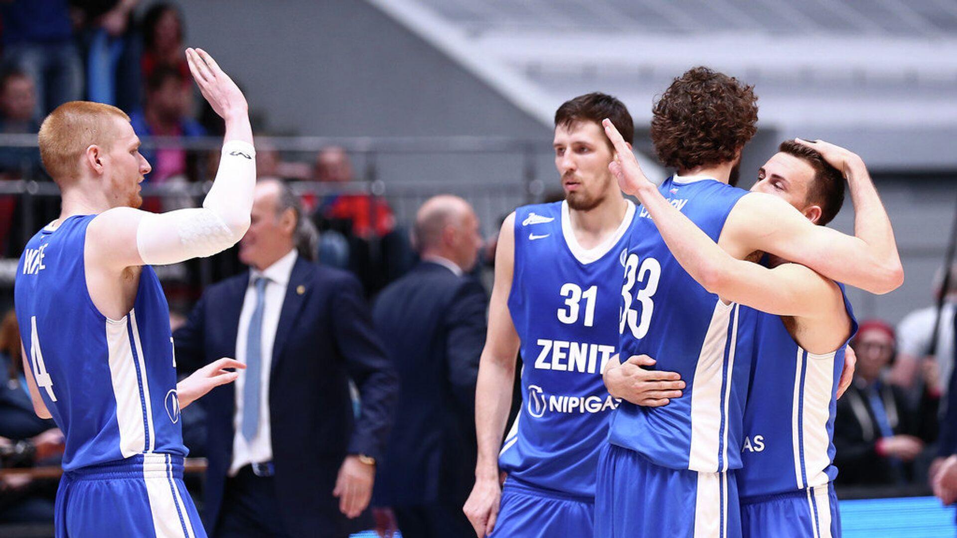 Баскетболисты Зенита радуются победе над Химками - РИА Новости, 1920, 18.01.2021