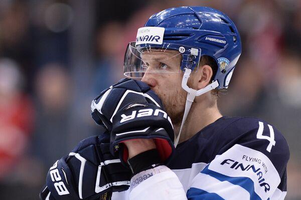Защитник сборной Финляндии Томми Кивистё