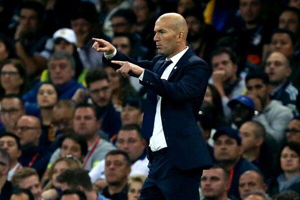 Главный тренер ФК Реал Мадрид Зинедин Зидан