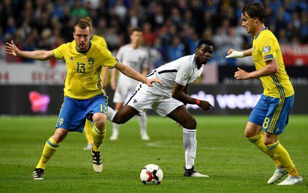 Игровой момент матча Швеция - Франция