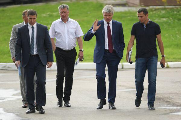 Юрий Борзаковский, Павел Колобков и Дмитрий Шляхтин (справа налево)