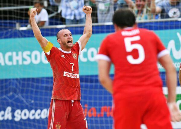 Игроки сборной России Антон Шкарин (слева) и Юрий Крашенинников