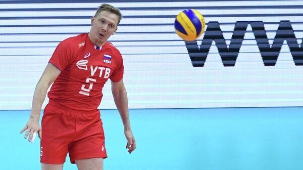 Связующий сборной России по волейболу Сергей Гранкин
