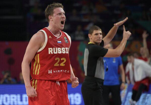 Защитник сборной России Дмитрий Кулагин