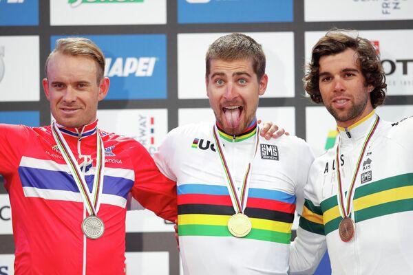 Норвежец Александр Кристофф, словак Петер Саган и австралиец Майкл Мэттьюс (слева направо)