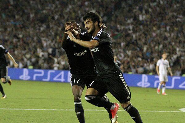 Футболисты Карабаха Махир Мадатов и Вильд-Дональд Герье (справа налево)