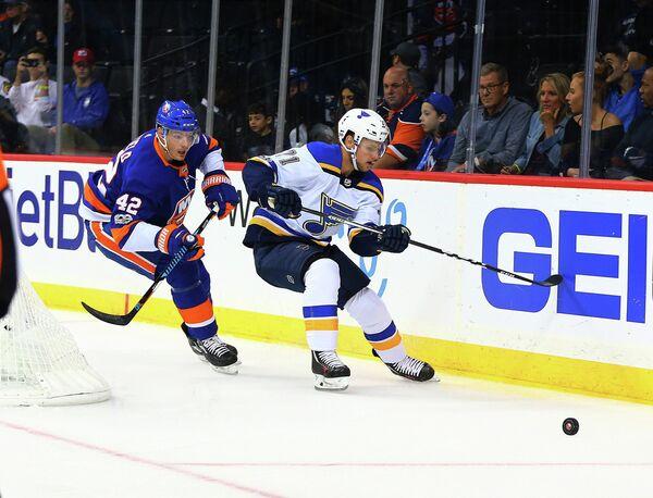 Игровой момент матча Сент-Луис - Нью-Йорк Айлендерс
