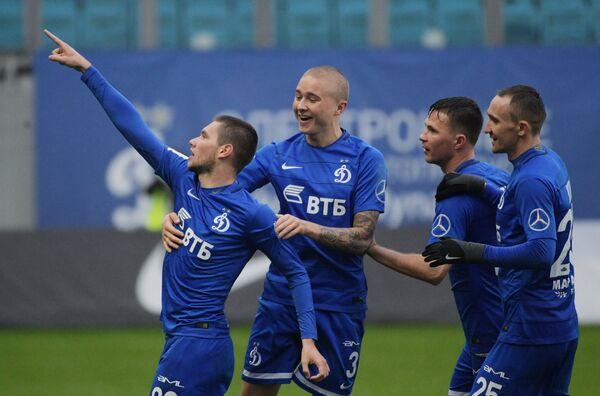 Игроки ФК Динамо Александр Ташаев, Себастьян Хольмен, Александр Сапета и Алексей Козлов (слева направо)