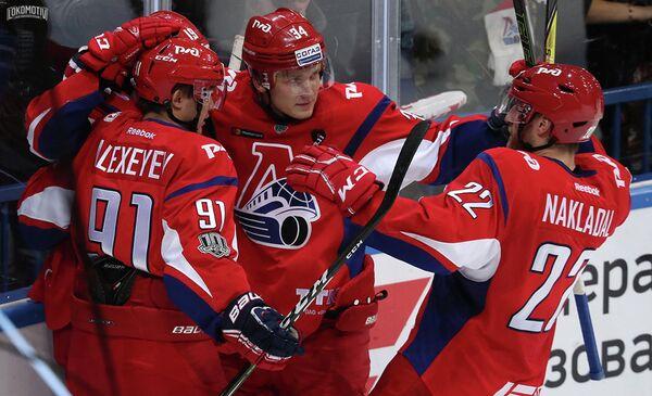 Хоккеисты ярославского Локомотива