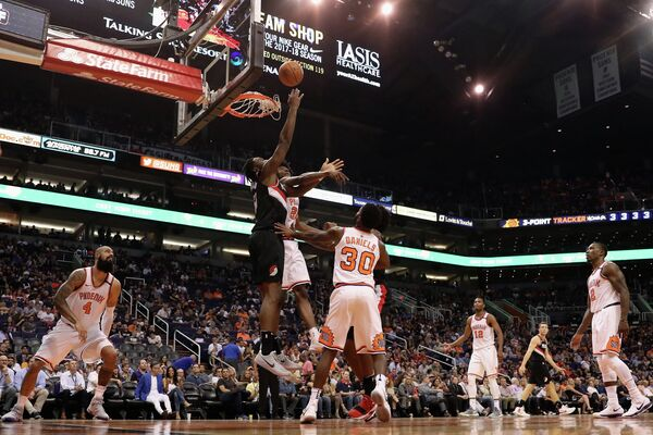 Игровой момент матча НБА Финикс Санз - Портленд Трэйл Блэйзерс