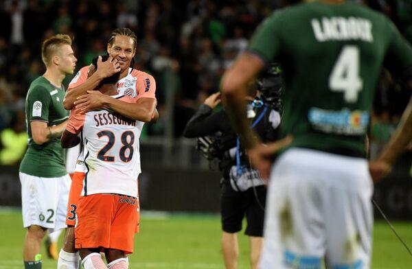 Футболисты Монпелье (слева)