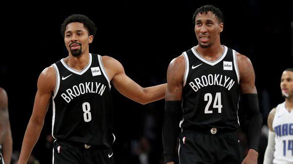 Баскетболисты клуба Бруклин Нетс
