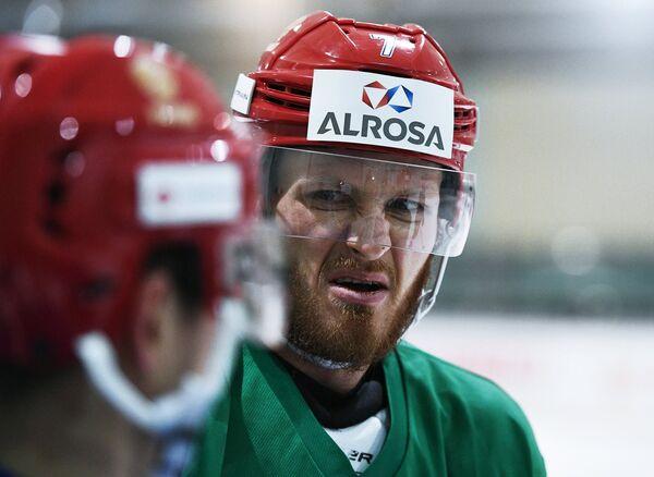 Нападающий сборной России по хоккею Иван Телегин