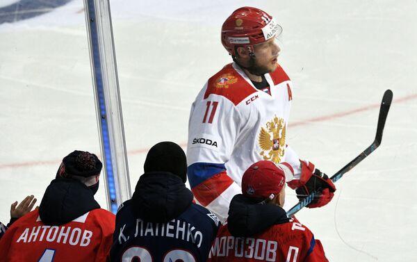 Нападающий сборной России Сергей Андронов